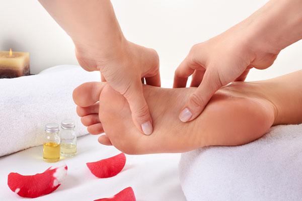 Hand-Foot Reflexology Massage